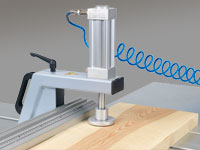 Pneumatic workpiece holder